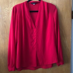 ❤️Rose and Olive beautiful v neck LS blouse M